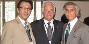 دکتر سامی در کنار بزرگان جراحی بینی جهان دکتر سایمون و دکتر کنستانتیان